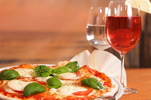 food-drink-alcohol-pizza-pizzas.jpg