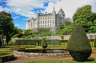 Dunrobin Castle.jpg