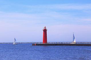 Muskegon Lighthouse.jpg