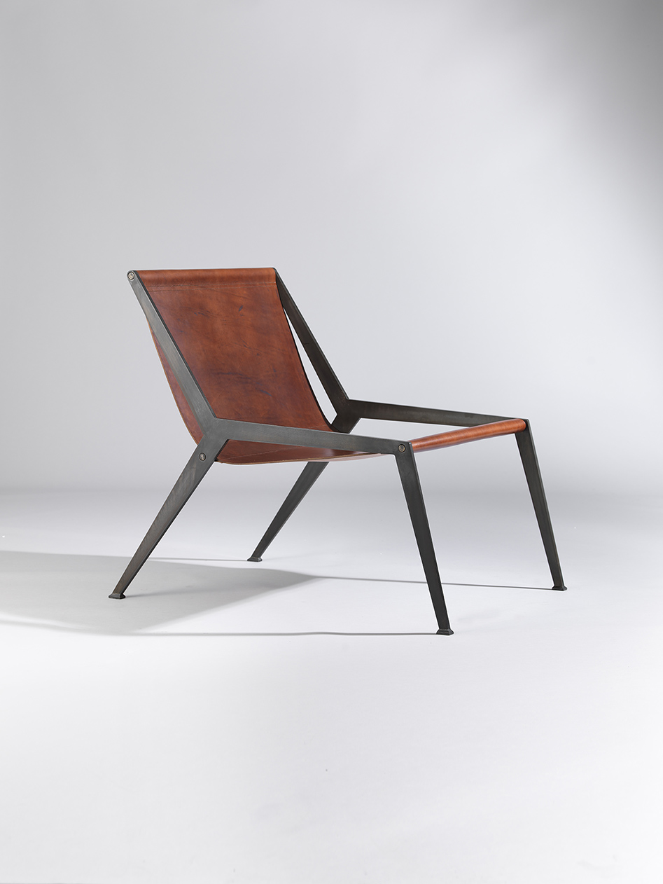 Berlin Chair, Black Pat Chestnut 2
