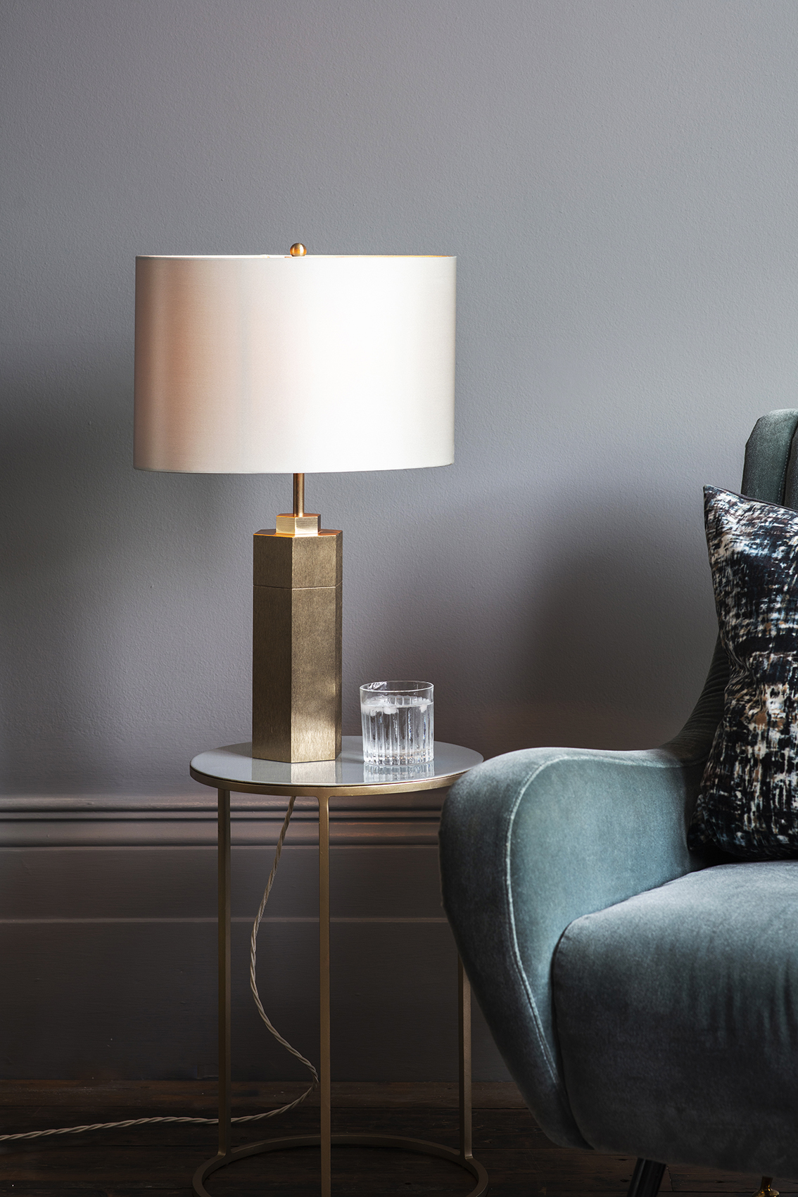 Gold Stem Table Lamp w Oyster Shade_Life