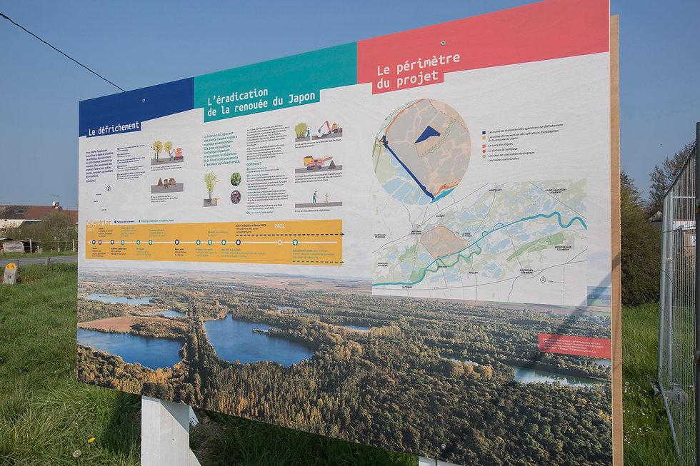 EPTB-Seine-Grands-Lacs-LaBassee-Panneaux-Bois_2.JPG