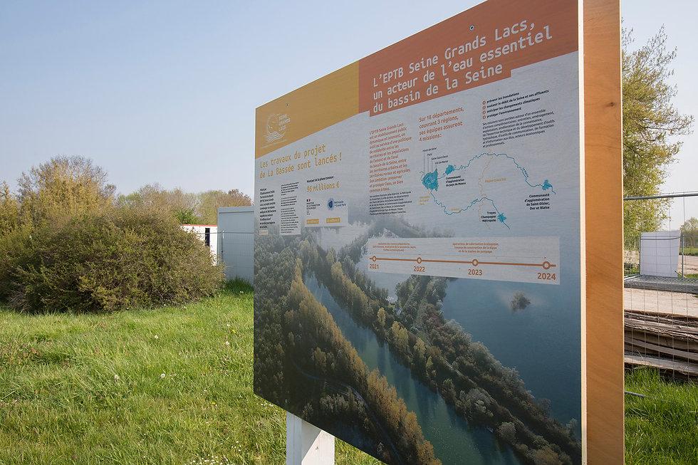 EPTB-Seine-Grands-Lacs-LaBassee-Panneaux-Bois_3.JPG