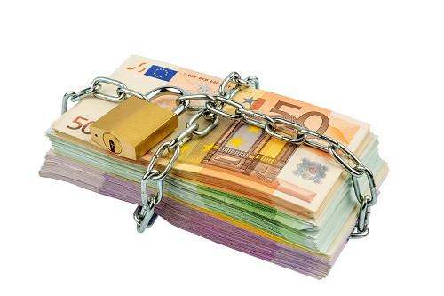 Tutela dei creditori nei confronti di aziende sottoposte a confisca antimafia: rimessa alla Corte Co