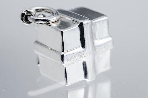 TIFFANY & Co. |  Tiffany Box Charm