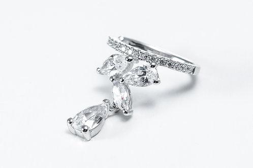 APM Monaco. | Mono Silver Dropping Marquise Silver Ear