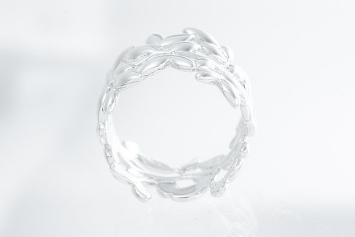 TIFFANY & Co. |  Paloma Picasso Olive Leaf Band Ring