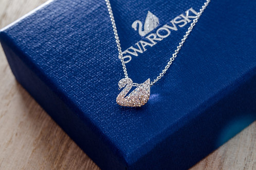 SWAROVSKI | ICONIC SWAN PENDANT (5215038)