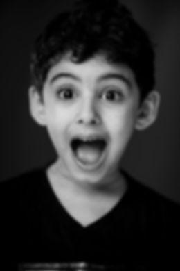 black-and-white-boy-child-764340.jpg