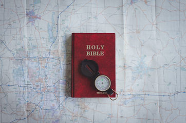 christian-bible-photography-tips-2048x13