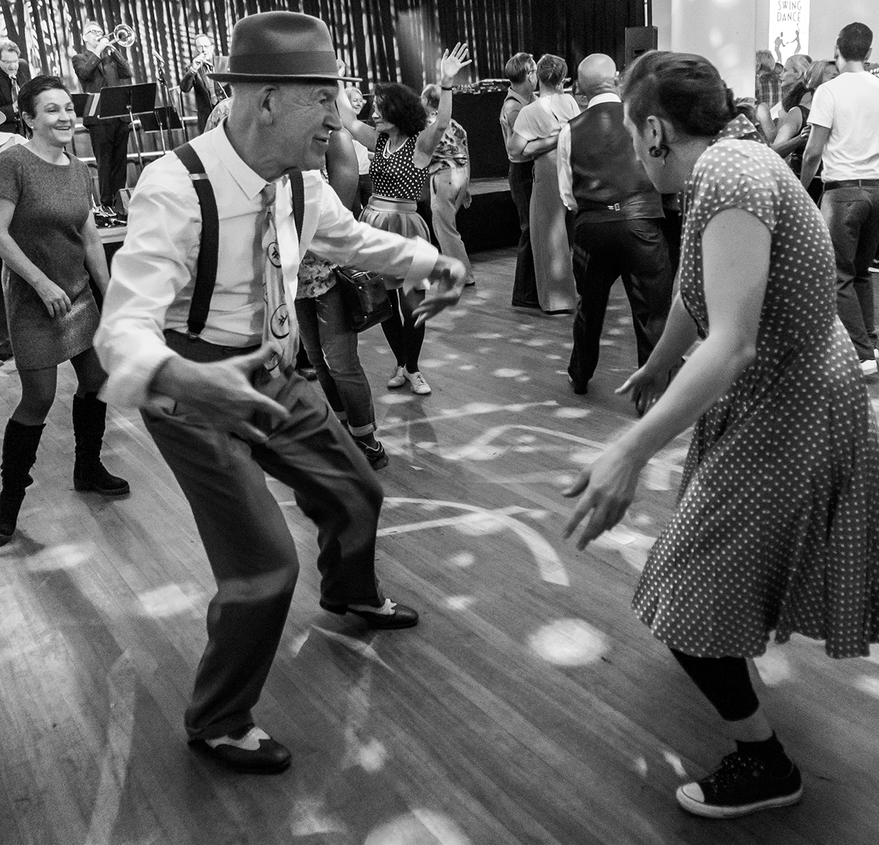 swing dancer