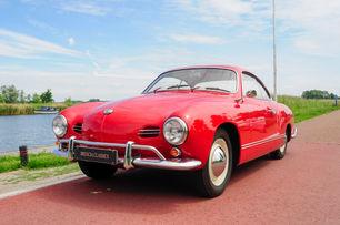 VW Karmann Ghia Lowlight -1959 SOLD