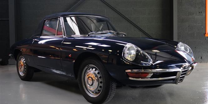 Alfa Romeo 1600 Duetto - 1966Alfa Romeo 1600 Duetto - 1966
