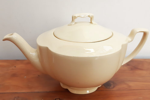 Johnson Brothers Goldendawn Teapot