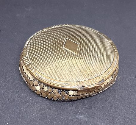 1920s EVANS Goldtone Mesh Powder Compact
