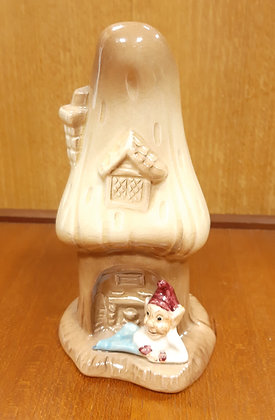SylvaC 4791 House in the Glen Vase with Gnome