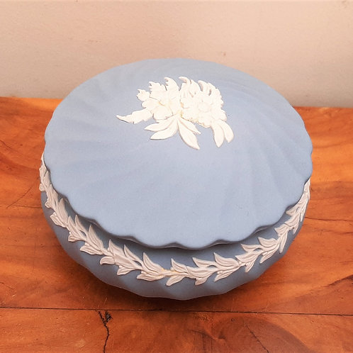Wedgwood Jasperware Fluted Box Floral Relief