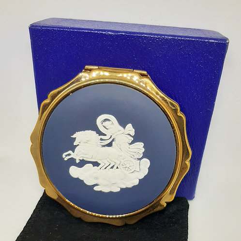 Stratton Queens Wedgwood Jasperware Powder Compact