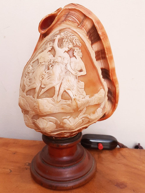 Beautiful Carved Shell Lamp 3 Graces Dancing Ladies