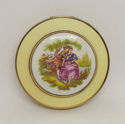 Mascot Porcelain & Enamel Compact Fragonard Lovers
