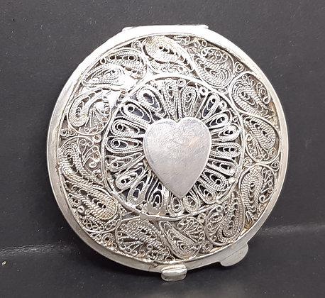 Arabic Niello Silver Filigree Heart Powder Compact Middle-Eastern Scenes