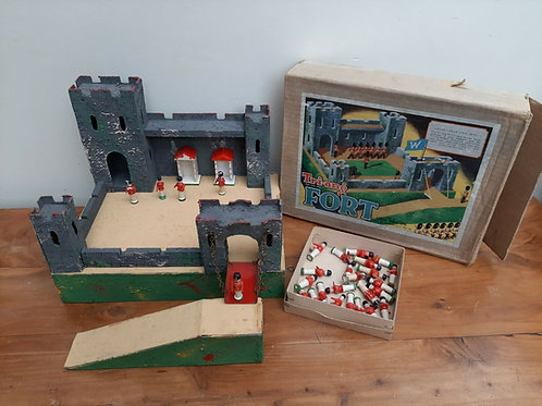 Vintage Tri-Ang Fort Type W Soldiers & Box