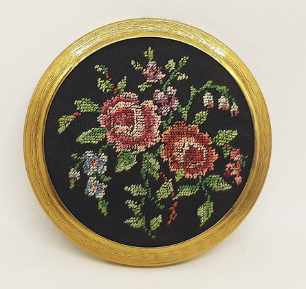 Vintage Pygmalion Petit Point Tapestry Compact No1968 Complete
