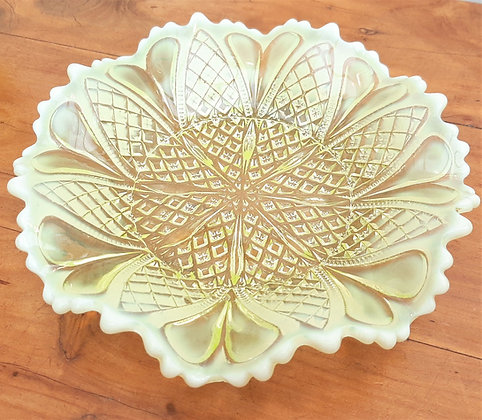 Victorian Davidson Uranium Vaseline Glass Dish