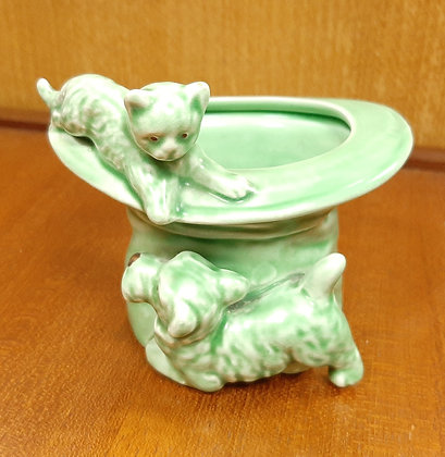 SylvaC 1484 Green Top Hat with Cat & Dog