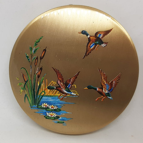 1940s Stratton Scone Flying Mallard Ducks O/H Compact