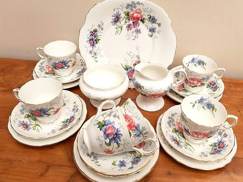 Crown Staffordshire 21pc Tea Service England's Glory