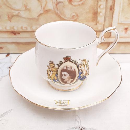 Royal Albert Hampton Dup QEII Coronation