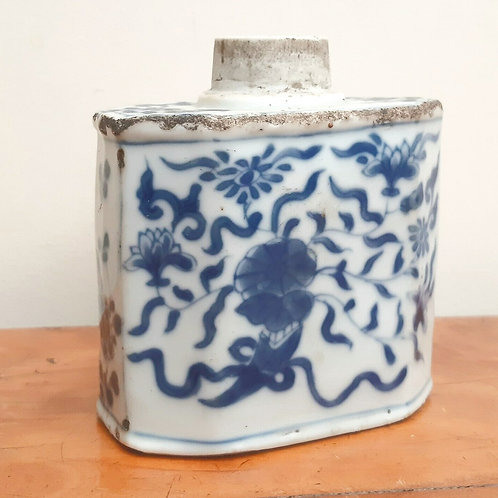 18thC Chinese Export Blue & White Foral Tea Caddy