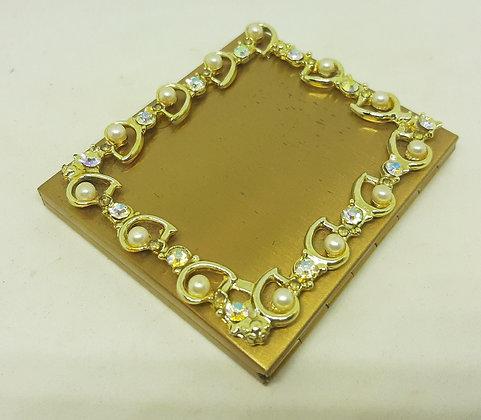 Gorgeous Unusual Faux Pearl Diamante Powder Compact