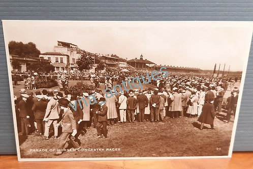 Doncaster Racecourse RP Parade of Horses