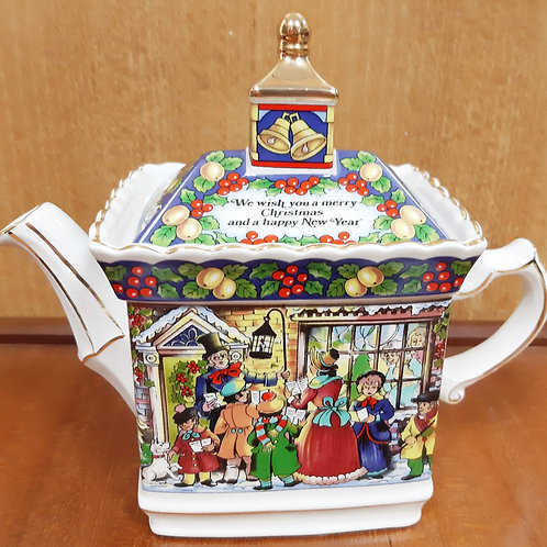 "Sadler ""A Christmas Carol"" Teapot Boxed"