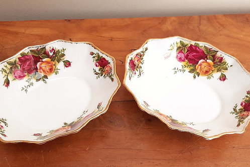 Royal Albert Old Country Roses Pair of Sweet Dishes