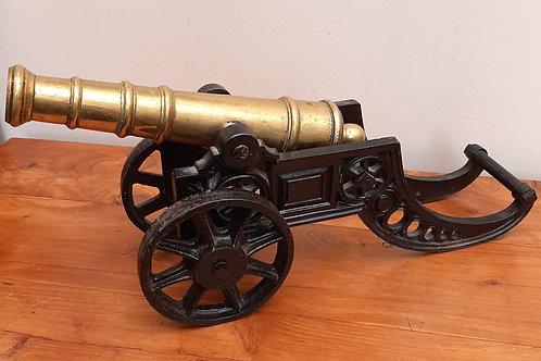 Large Heavy Cast Iron & Brass Cannon 7.5kg