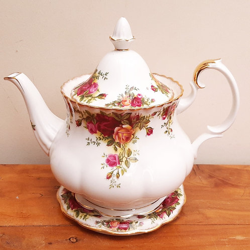 Royal Albert Old Country Roses Large Teapot & Stand