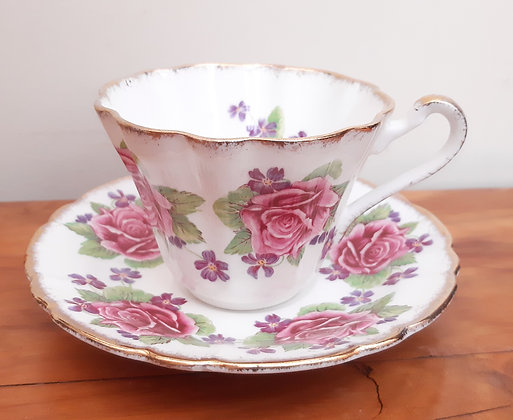 Gladstone China Tea Cup & Saucer Roses & Violets