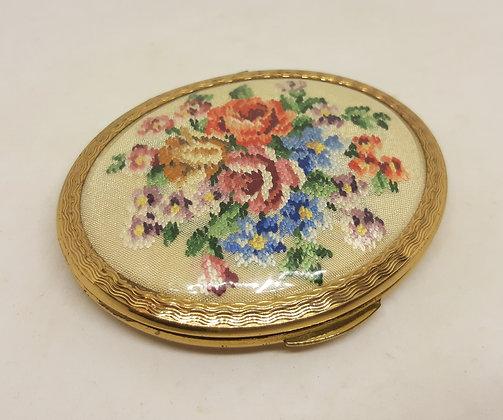 Pretty KIGU Oval Petit Point Floral Powder Compact