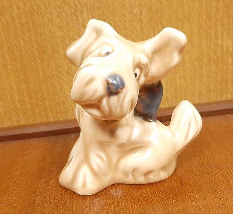 "Sylvac ""Daisy Dog"" 1119 Beige & Brown"