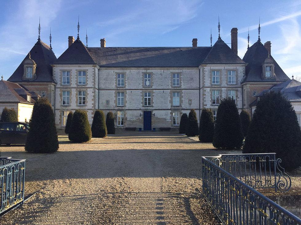 Chateau Fond.jpg