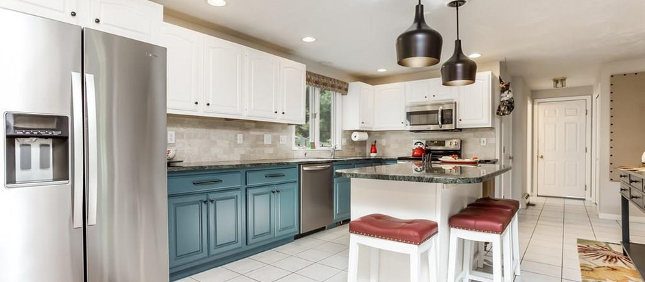 TOP 5 INVITING KITCHEN ISLANDS