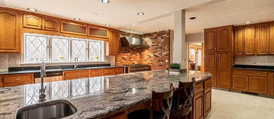 TOP 5 LISTINGS UNDER $2 MILLION FEATURING AWESOME KITCHENS