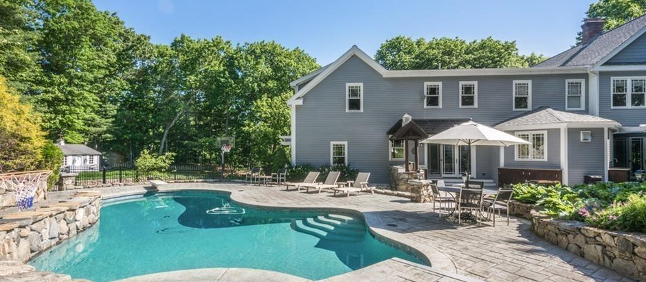 TOP 5 HOMES OF DISTINCTION WITH INGROUND POOLS