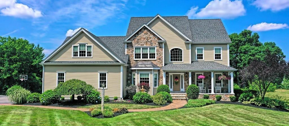 TOP 5 BOLD & BEAUTIFUL OF NORFOLK COUNTY UNDER $1.3 MILLION