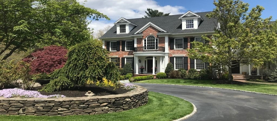 TOP 5 ESTATE HOMES IN NORWELL
