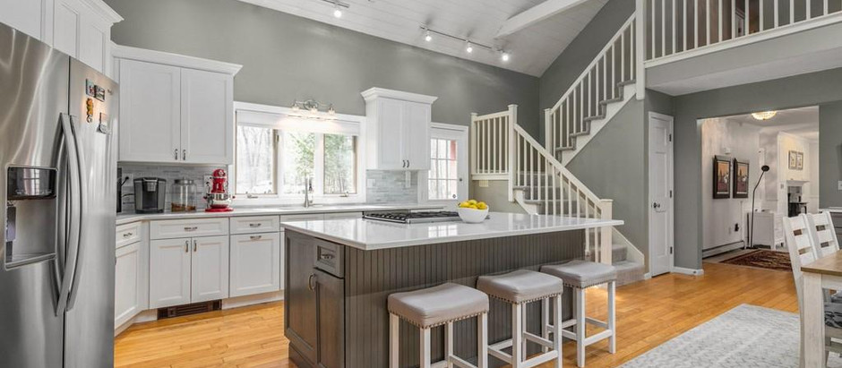 TOP 5 LISTINGS IN EXETER FEATURING AWESOME KITCHENS