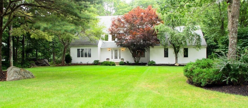 TOP 5 GORGEOUS COLONIAL LISTINGS OF NORFOLK COUNTY